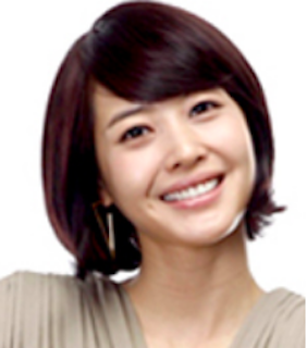 ワン・ジへ / 役:キム・イニ