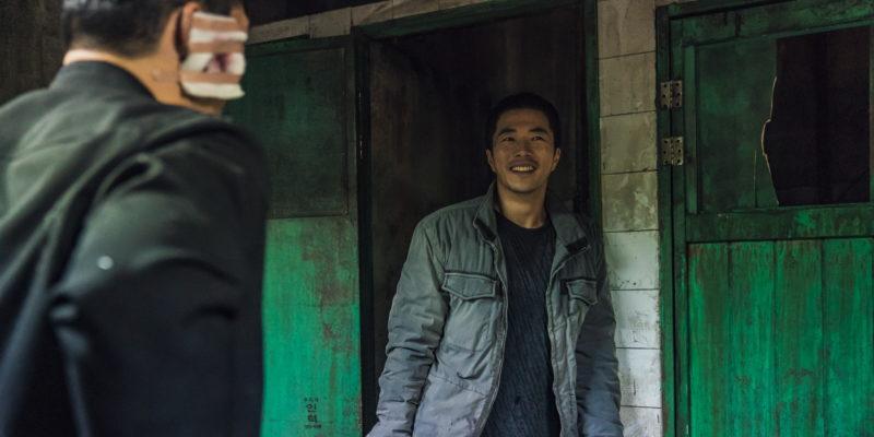 『鬼手』キャスト&スタッフインタビュー含む特別映像&メイキングカット解禁!