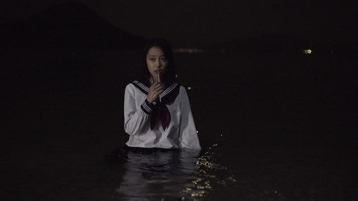 『海の底からモナムール』特報と場面写真解禁!出演した三津谷葉子&前野朋哉コメントも公開!